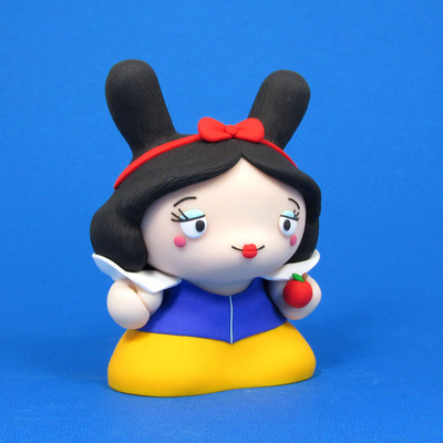 Snow_white-jenn_and_tony_bot-dunny-trampt-127170m
