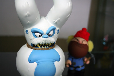 Yeti_dunny_artist_proof-eric_pause-dunny-trampt-128460m