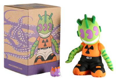 Kidmutant_-_kidrobot_18-frank_kozik-kidrobot_mascot-kidrobot-trampt-128692m