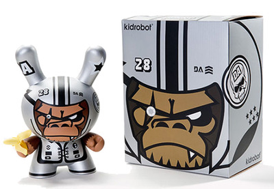 Da_space_warrior-tim_tsui-dunny-kidrobot-trampt-129000m