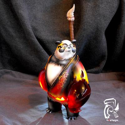 Fire_panda_king-fuller_designs-panda_king-trampt-129714m