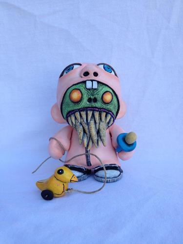 Monster_in_a_baby_suit-davemarkart-munny-ki-trampt-130491m
