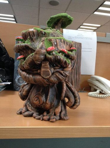 Wood_theme_custom-spartan_art_toy-munny-trampt-130494m