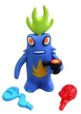 Brainimal_-_blue-pete_fowler-monsterism-playbeast-trampt-132198m