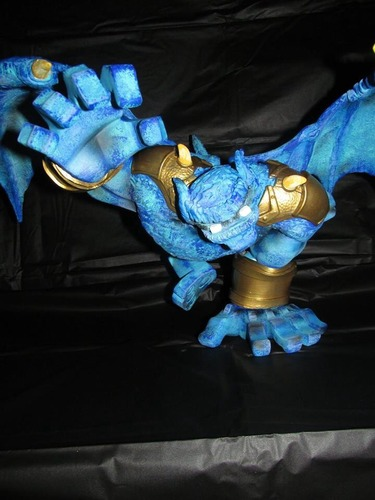 Blue_beast_from_the_planet_paw-wigalicious_shawn_wigs-paw_raw-coarsetoys-trampt-133779m