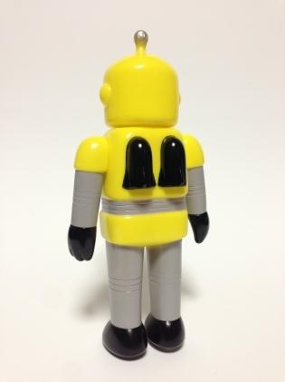 Ace_robo_-_yello-cometdebris_koji_harmon-ace_robo-self-produced-trampt-134040m