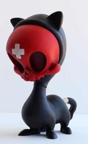 Black_death_medic_4-legged_cat_skelve-brandt_peters_kathie_olivas-skelve_maske-trampt-135637m