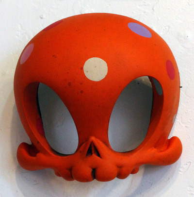 Orange_masao_midi_masks-brandt_peters_kathie_olivas-mega_skelve-trampt-135669m