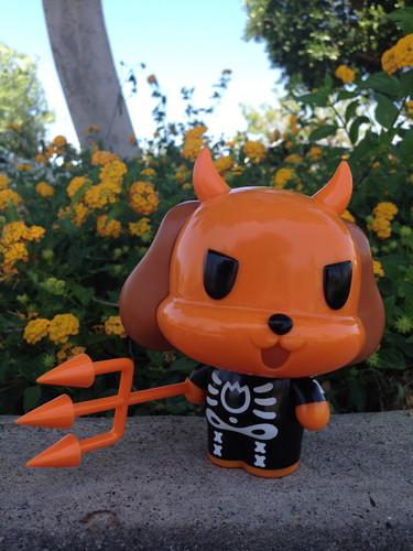 Osaka_popstar_devil_dog_-_skeleton_suit_version-john_cafiero_mari-chan_secret_base-osaka_popstar_dev-trampt-136936m