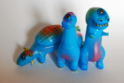 Squishy_blue_dinos-rampage_toys_jon_malmstedt-dino-rampage_toys-trampt-138444m