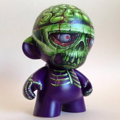 Zombie_terror-toy_terror_rich_sheehan-dunny-kidrobot-trampt-140456m