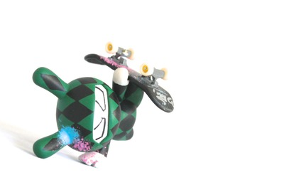 Handplant_ninja_green_diamond-tony_gil-dunny-trampt-140626m