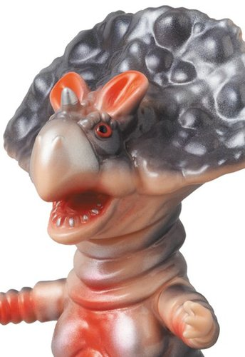 Monoclon__medicom_toy_exclusive-hiramoto_kaiju-monoclon-cojica_toys-trampt-140657m