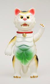 Mountain_cat_kaijyu_nyagos_-_white-woo-joe-nyagos-renovatio-trampt-141112m