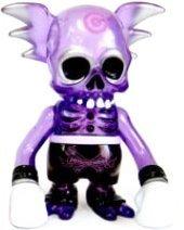 Bullseye_skullwing_purple-pushead-skullwing-secret_base-trampt-143741m