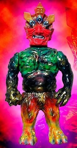 Ollie_enma_one_off_custom_no5-blobpus_lash-ollie-mutant_vinyl_hardcore-trampt-144300m