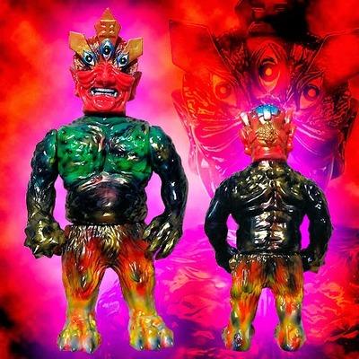 Ollie_enma_one_off_custom_no5-blobpus_lash-ollie-mutant_vinyl_hardcore-trampt-144301m