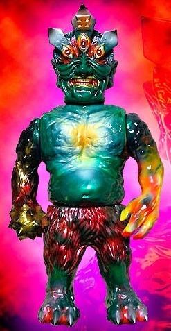 Ollie_enma_one_off_custom_no1-blobpus_lash-ollie-mutant_vinyl_hardcore-trampt-144311m