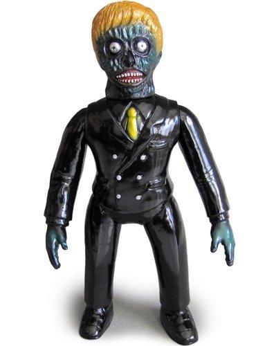 Invader-z_-_black-skull_head_butt-invader-z-skull_head_butt-trampt-145738m