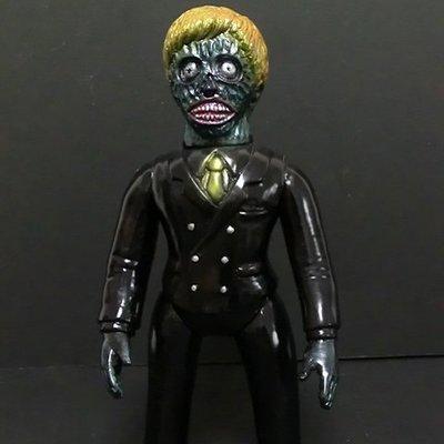 Invader-z_-_black-skull_head_butt-invader-z-skull_head_butt-trampt-145739m