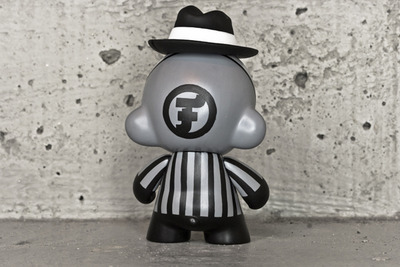 Dapper_gangster-fakir-munny-trampt-150190m