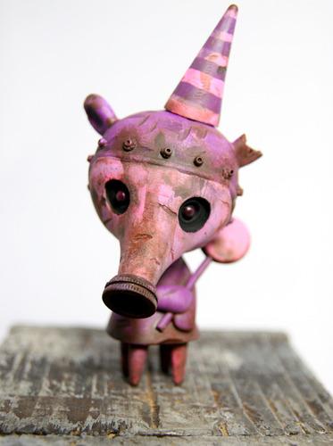 Drilone_purple_pink_gasmask_elizabeth-brandt_peters_drilone_kathie_olivas-wandering_misfits-trampt-150713m
