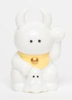 Fortune_uamou_-_white_w_yellow-uamou_ayako_takagi-fortune_uamou-uamou-trampt-153480m