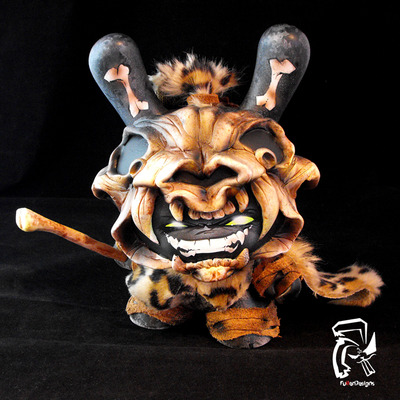 Prehistoric_grrr-fuller_designs-dunny-self-produced-trampt-156548m