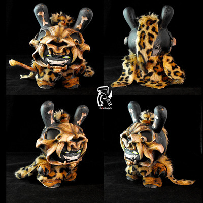 Prehistoric_grrr-fuller_designs-dunny-self-produced-trampt-156549m