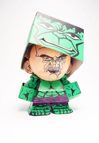 Box_heroes_hulk-nikejerk_jared_cain-foomi-trampt-158651m
