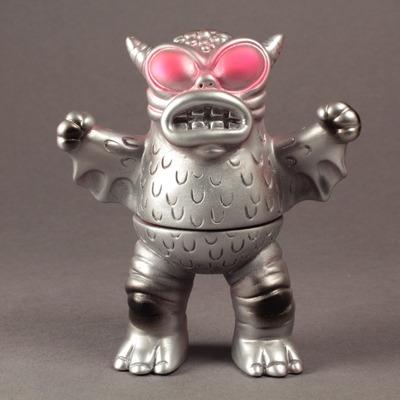 Mini_standing_greasebat_-_mecha-monster_worship-mini_greasebat-trampt-158773m