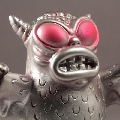 Mini_standing_greasebat_-_mecha-monster_worship-mini_greasebat-trampt-158776m