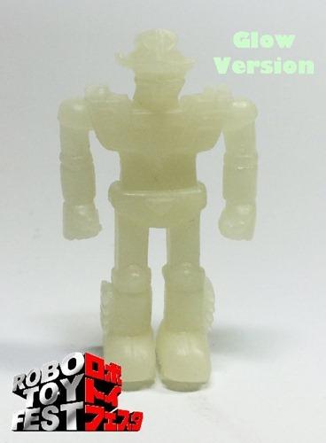 Robo_toy_fest_gid_figure-dke_toys-muscle-dke_toys-trampt-160556m
