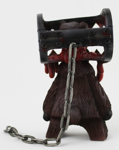 Bear-trapped-jeremi_rimel-madl_madl-trampt-161227m