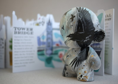 Londons_cawing-mrlister-munny-kidrobot-trampt-167948m