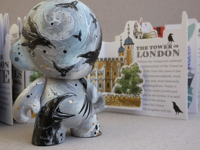 Londons_cawing-mrlister-munny-kidrobot-trampt-167949m