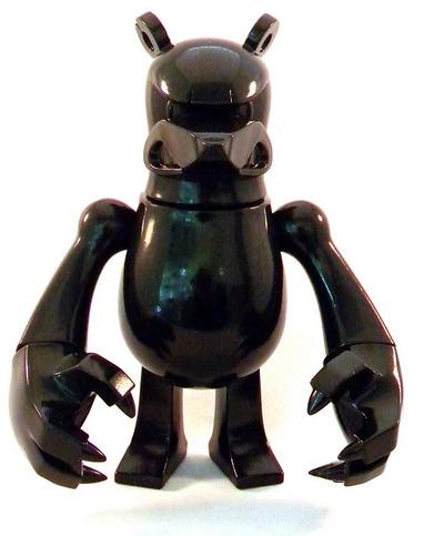 Knuckle_bear_black_glitter_version-touma-knucklebear-wonderwall-trampt-170077m