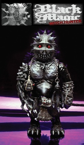 Black_magic_witch_hunter-lash-berserker-mutant_vinyl_hardcore-trampt-173532m