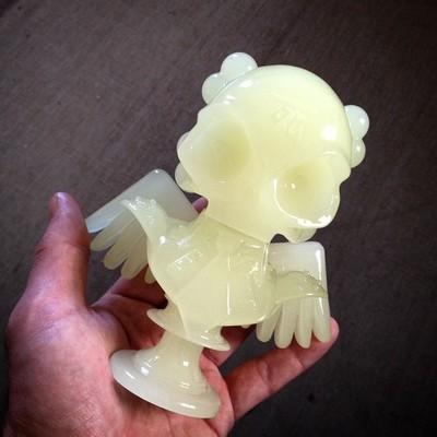 Skullhead_bust_-_glow_in_the_dark-huck_gee-skullhead_bust-self-produced-trampt-175410m