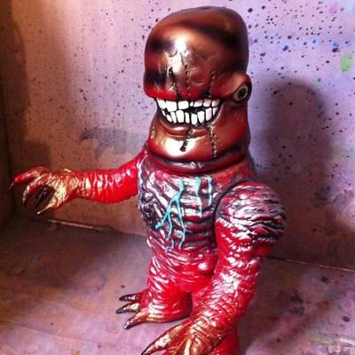 Gnaw-x-plaseebo_bob_conge_rampage_toys_jon_malmstedt-mockbat-self-produced-trampt-177351m