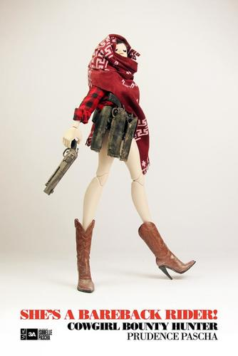 Cowgirl_bounty_hunter_prudence_pascha-ashley_wood-isobelle-threea_3a-trampt-177652m
