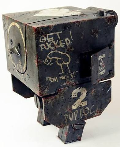 Mighty_square_-_dirty_deeds_memorial-ashley_wood-mighty_square-threea_3a-trampt-180238m
