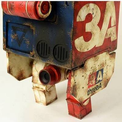 Mighty_square_-_threea_vintage-ashley_wood-mighty_square-threea_3a-trampt-180240m