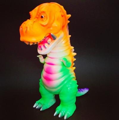 Tyranbo_-_angel_abby_colorway-angel_abby_hiramoto_kaiju-tyranbo-cojica_toys-trampt-180317m