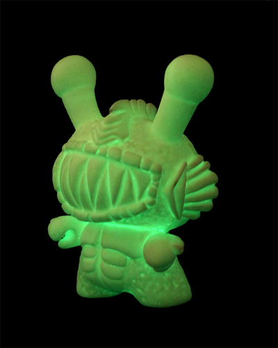 Monster_dunny_gill_diy-zombiemonkie_mikie_graham-dunny-trampt-182520m