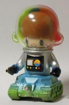 Lunar_probe_boy_silver-itokin_park-lunar_probe_boy-mirock_toy-trampt-185885m