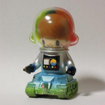 Lunar_probe_boy_silver-itokin_park-lunar_probe_boy-mirock_toy-trampt-185886m