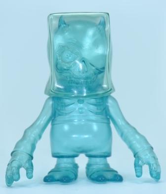 Skull_bagman_-_clear_blue_rainy_day_edition-balzac-skull_bxbxb-secret_base-trampt-188744m
