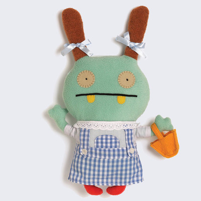 Uglydoll_x_wizard_of_oz_-_moxy_dorothy_plush-david_horvath-uglydoll_plush-pretty_ugly_llc-trampt-192091m
