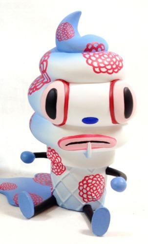 Creamy_-_chinese_flower-gary_baseman-creamy-3d_retro-trampt-192514m